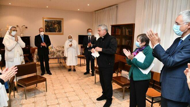 VILLA SERENA: EDIFICIO DE RELIGIOSAS CEDIDO AL PAPA PARA SERVICIO DE ACOGIDA